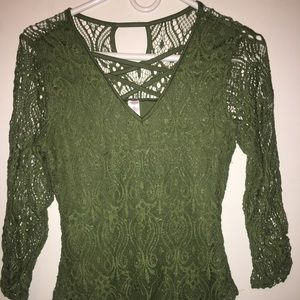 Olive green sleeve lace top